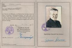 (29) Moped-Führerschein aus dem Jahr 1961. Da Johann Schoon schon lange vorher Motorrad gefahren war, handelt es sich wahrscheinlich um eine Neuausstellung.