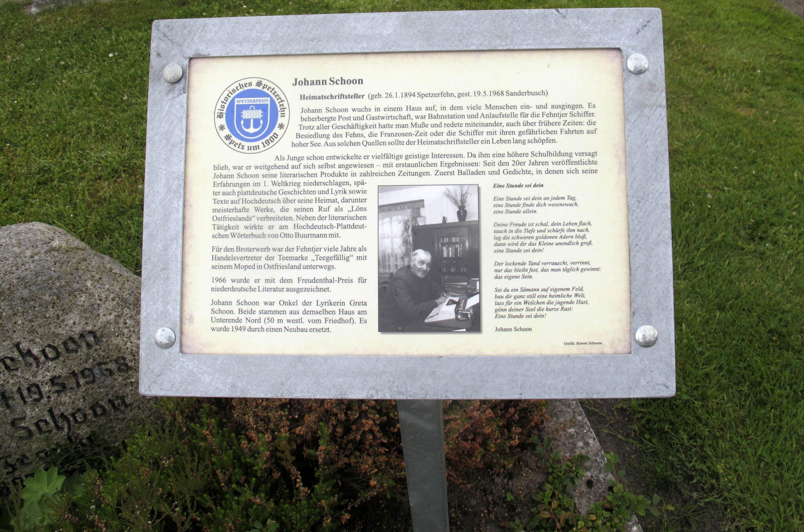 Infotafel auf Grab von Joh. Schoon
